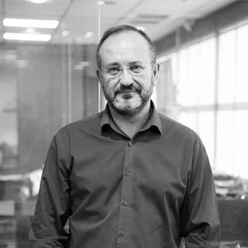 Luis Gutiérrez Director gerente